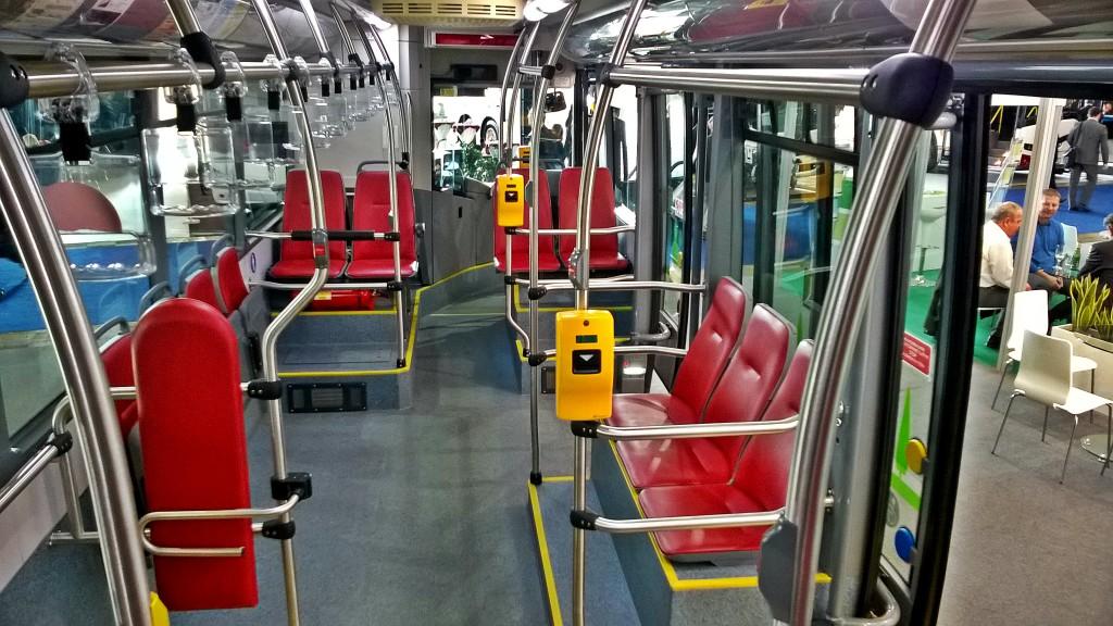 Interiér SOR EBN 11 (elektrobus)