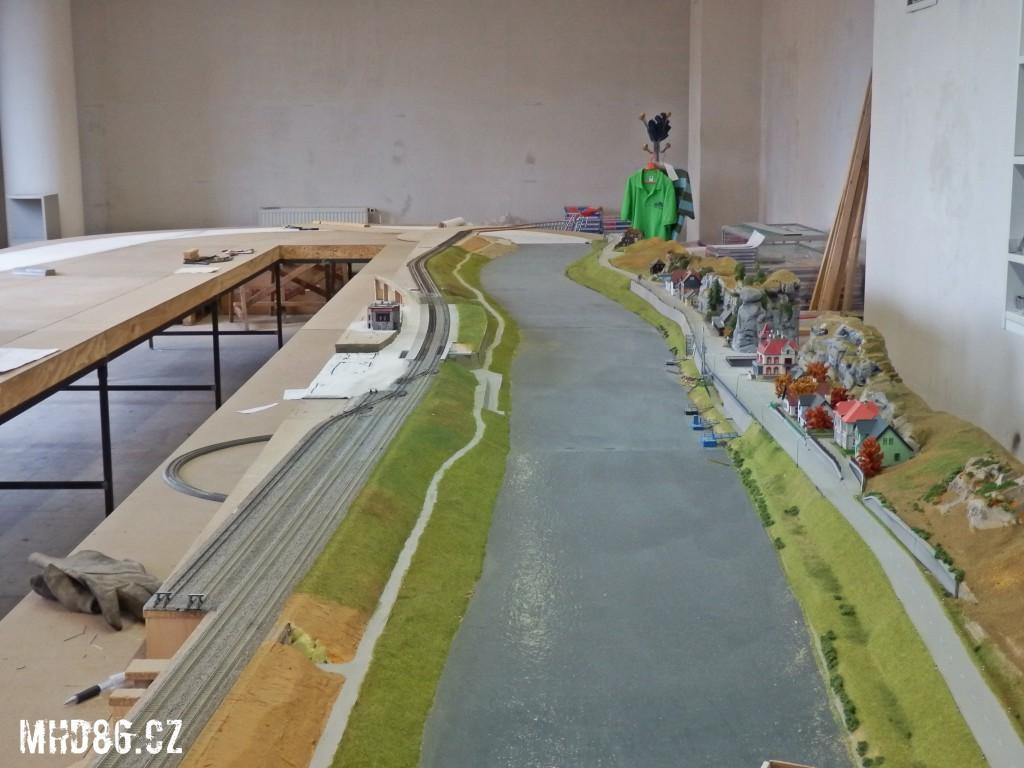 Výstavba kolejiště TT