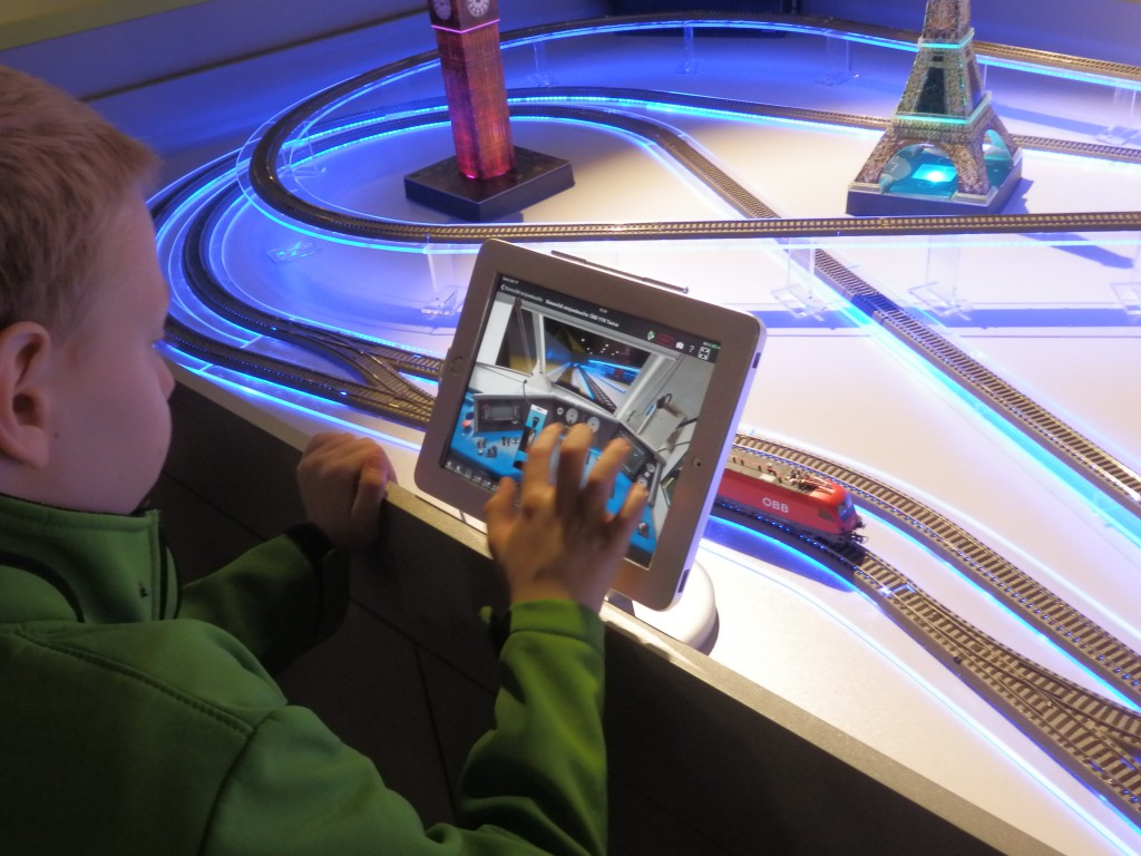 Ovládání mašinky přes tablet