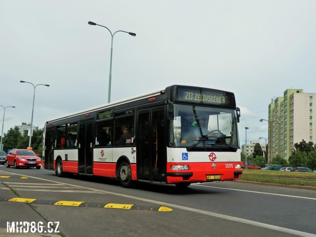 Citybus v ulici Opatovská