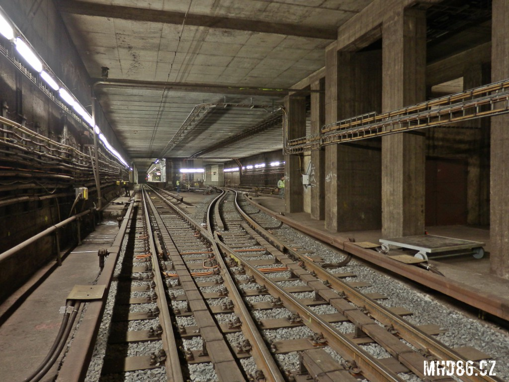 Hloubená část tunelu před stanicí Pražského povstání